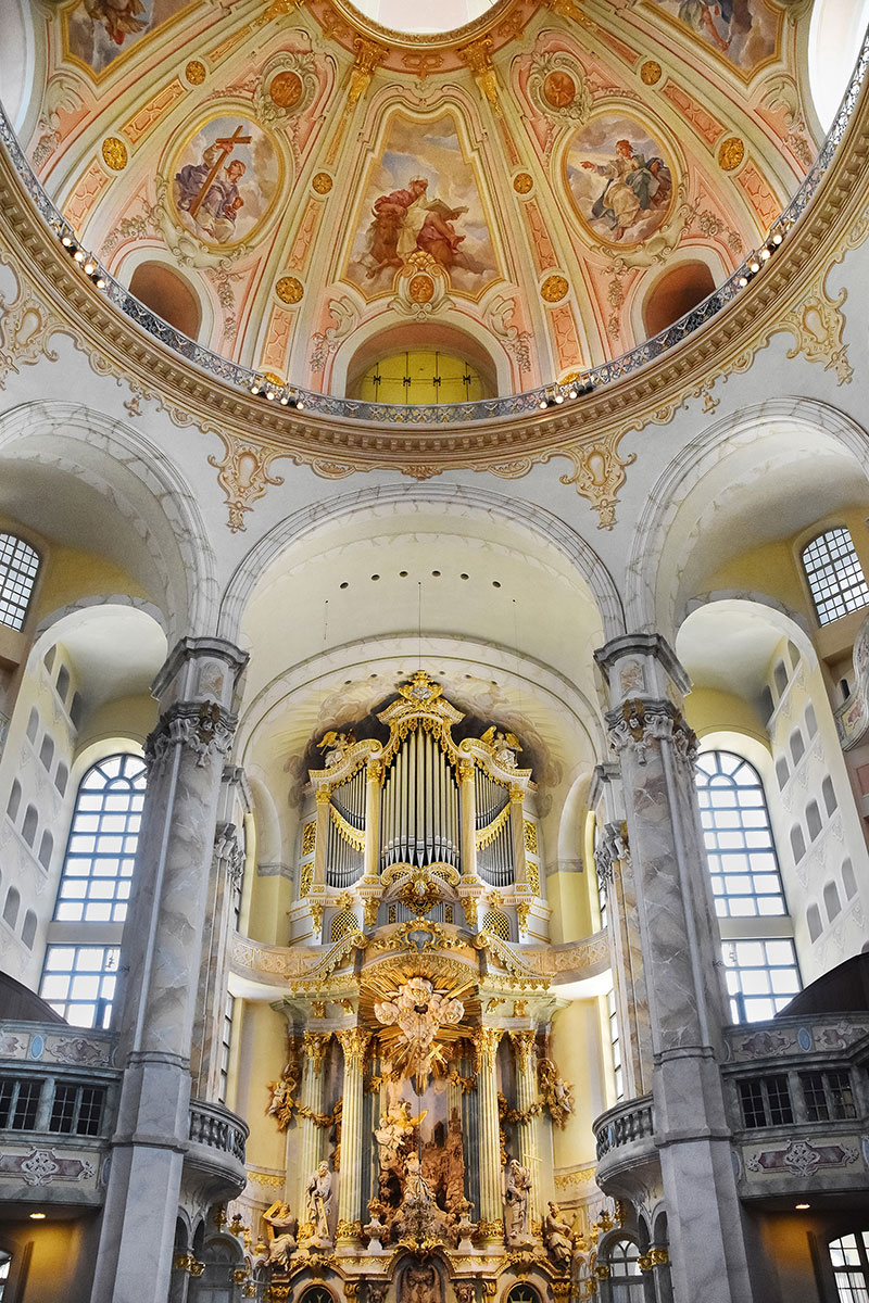 Dresden Cathedral organ dome