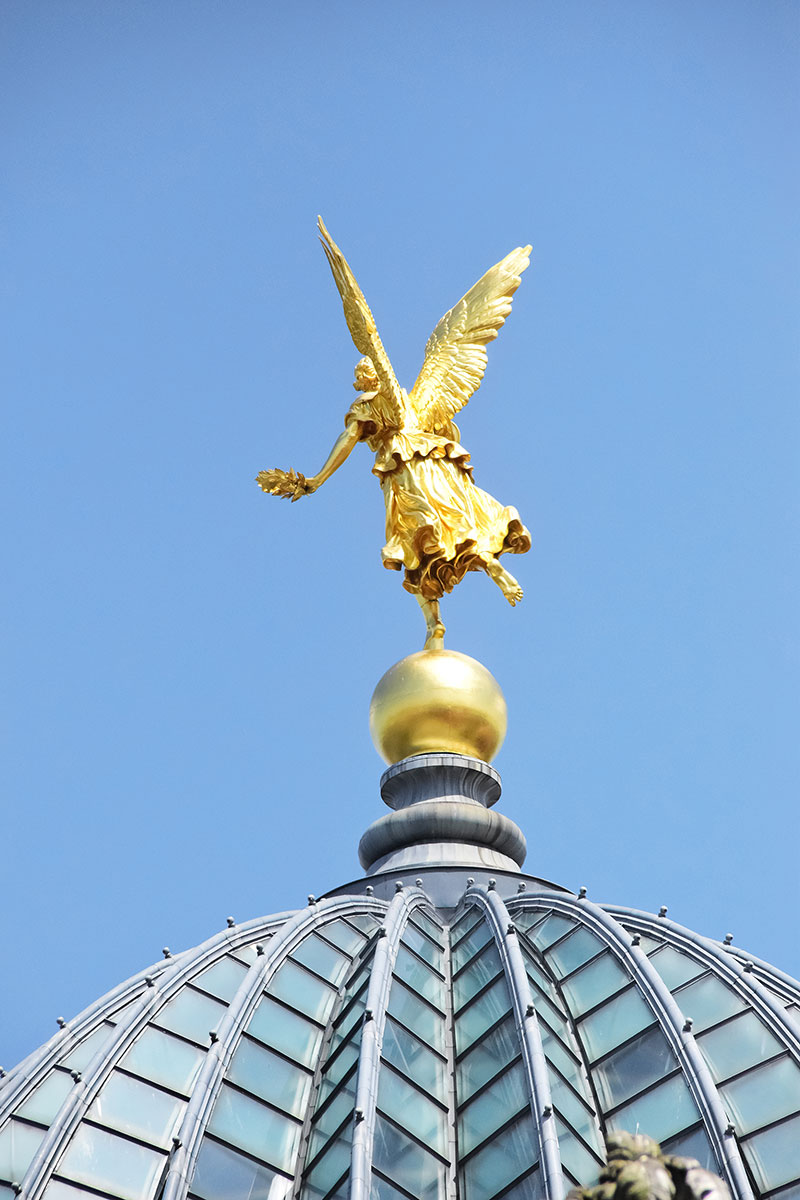 Lipsius Building dome angel