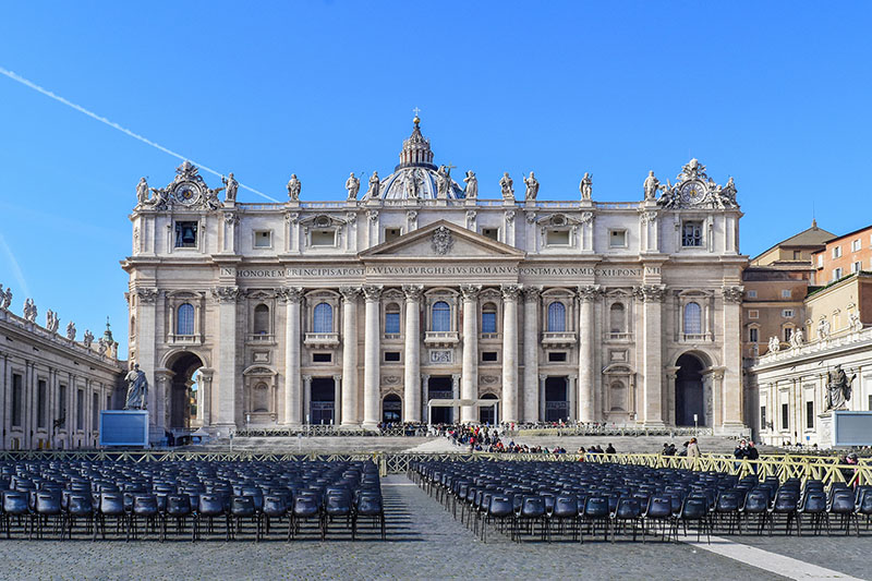 21 The Main Facade Of St Peters Basilica Rome
