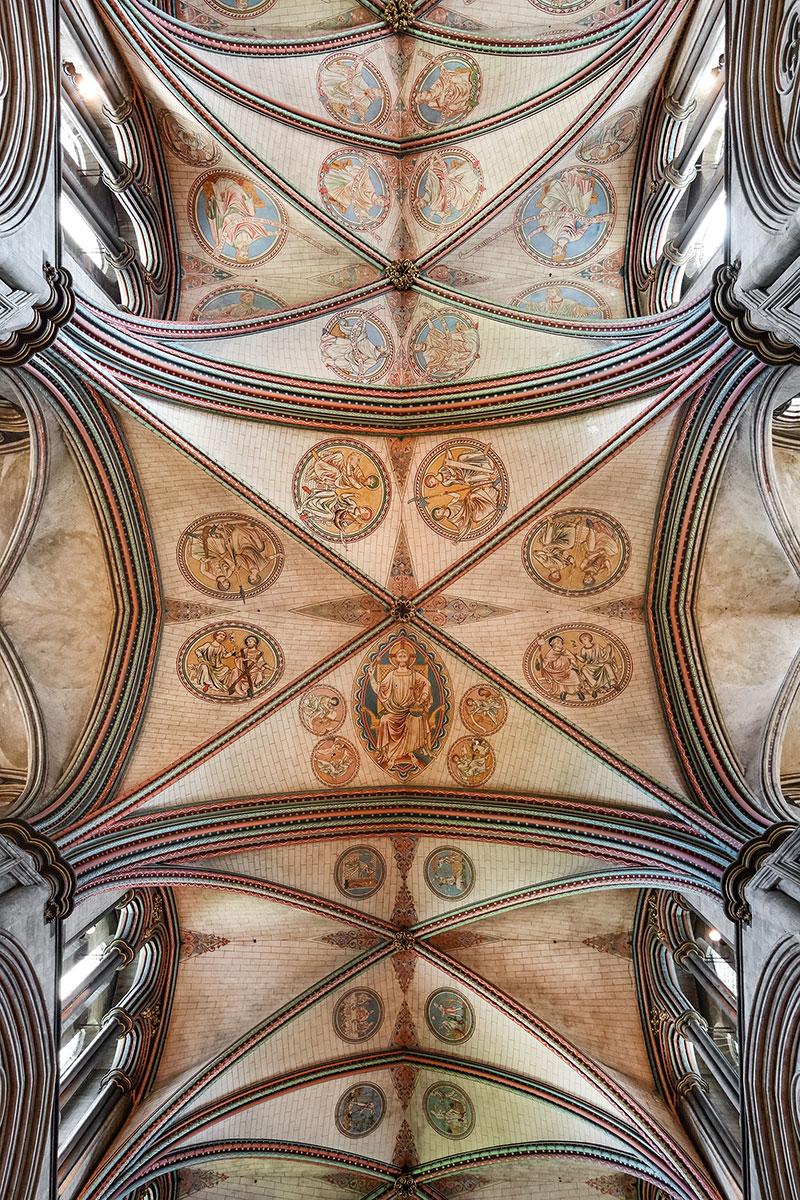 2: Decorated Vaulted Ceiling Of The Transept In Salisbury Cathedral.