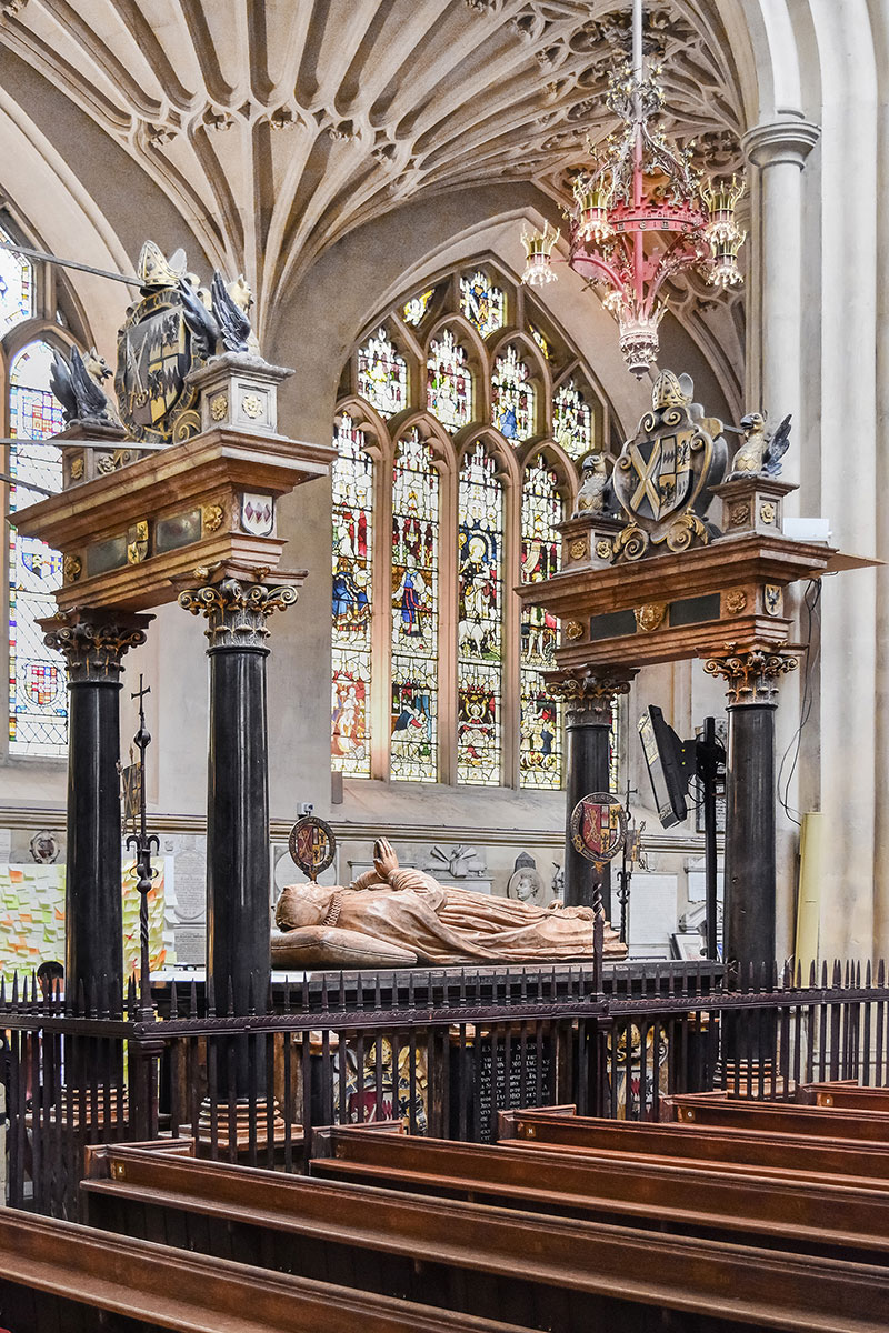tomb of Bishop James Montagu