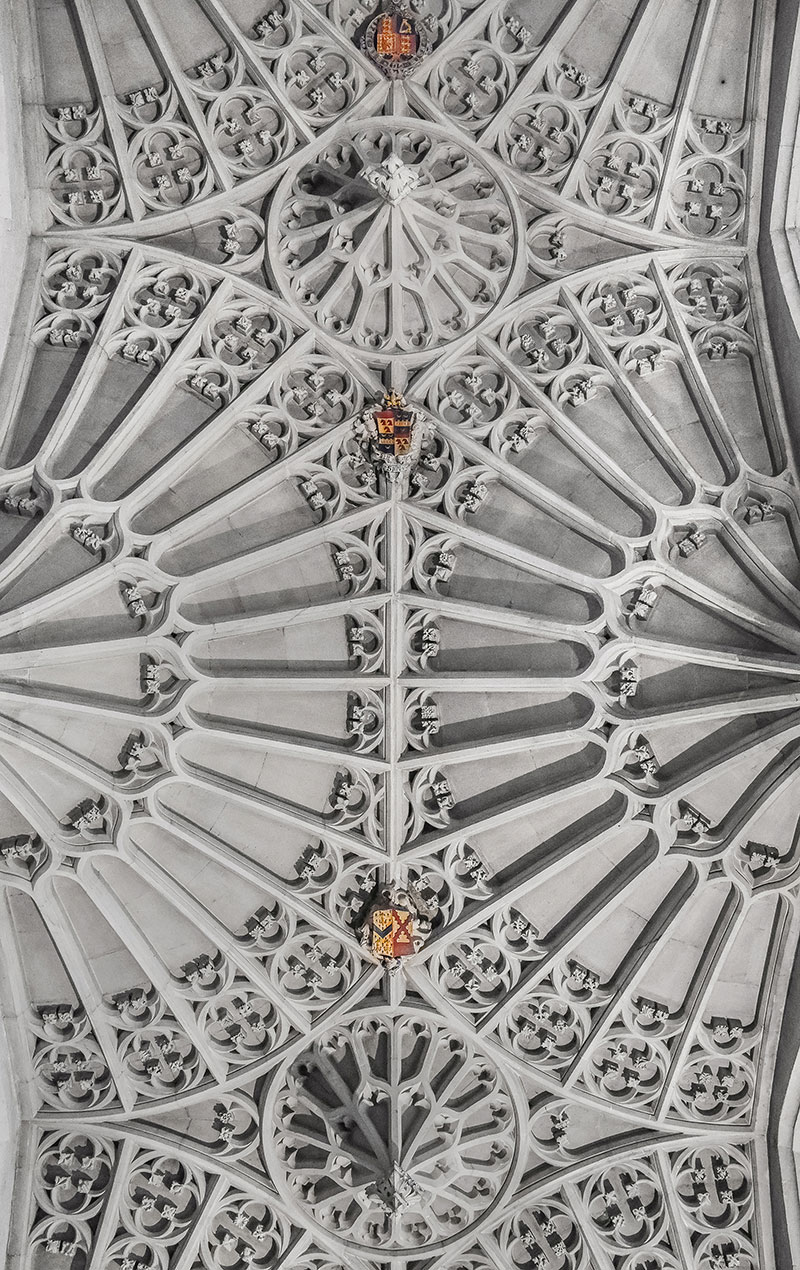 7 Details Of The Decorated Fan Vault Ceiling At Bath Abbey Again Notice Use Shields As Bosses And Ornament