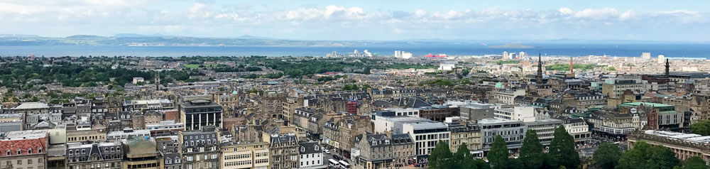 view-of-Edinburgh-from-castle