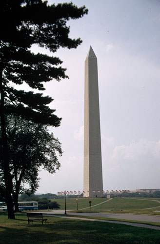 3-Washington-Monunment-Longstreth-ML09-002