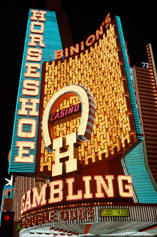 4-Binion's-Horseshoe-S_4310