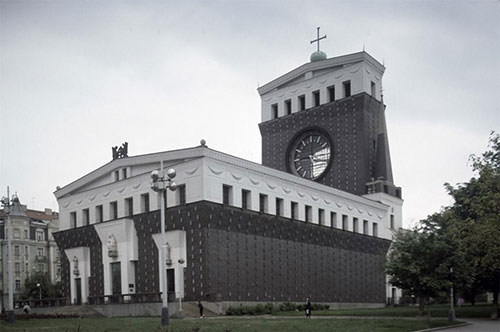 8-Sacred-Heart-Church