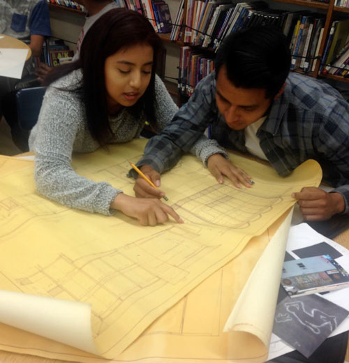 Metropolitan-HS-students-explore-architectural-drawings
