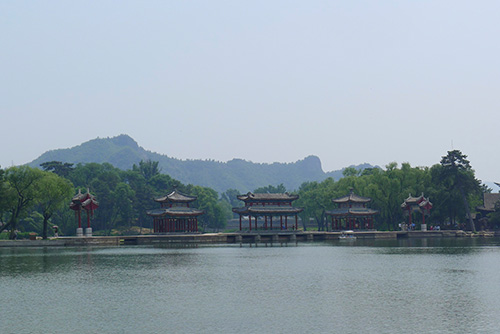 Heart-of-the-Water Pavilion (Shuixin xie)